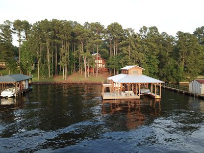 Photo for Rustic Modern Lakehouse On Lake Palestine