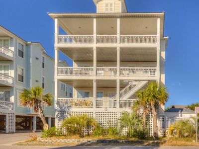 Photo for Spacious Ocean View Townhome with Elevator and Pool!