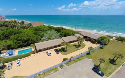 1 Bedroom Oceanfront Condo - Private Pool and Pet Friendly