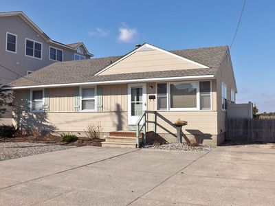 Photo for Cozy 3 bedroom bay front with off street parking - FRIDAY TO FRIDAY