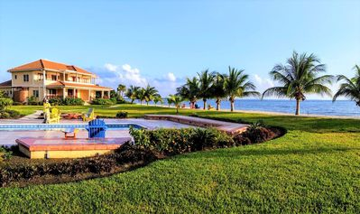 Photo for Luxury Beachfront Villas in Hopkins, Belize - Seiri del Mar H4