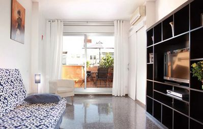 Photo for Penthouse with private terrace and panoramic views,Wi-Fi, 1600ft Sagrada Familia