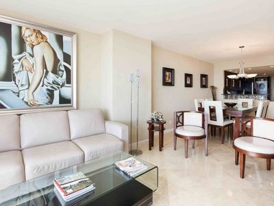 Photo for Spacious condo with great view,Miami.2341