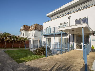 Photo for Blue Waters 8, SOUTHBOURNE