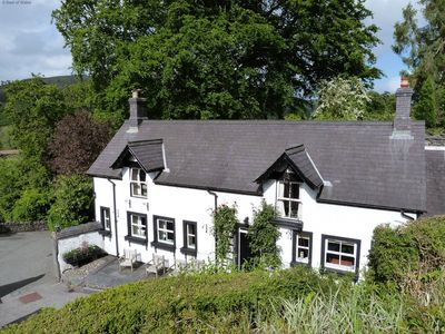 Photo for Captivating holiday cottage in the heart of the lush Welsh countryside, yet close to many attraction