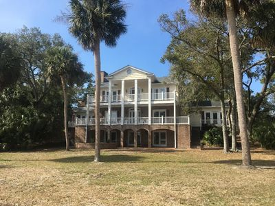 Photo for THE BEST OF FRIPP ISLAND; WONDERFUL FAMILY REUNION OR WEDDING HOME