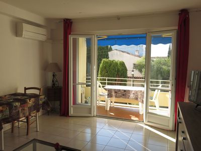 Photo for 35m2 studio in St-Raphael for 2, terrace, air conditioning, parking, WIFI