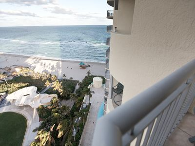 Photo for Luxury 1 Bedroom Oceanfront with parking included !