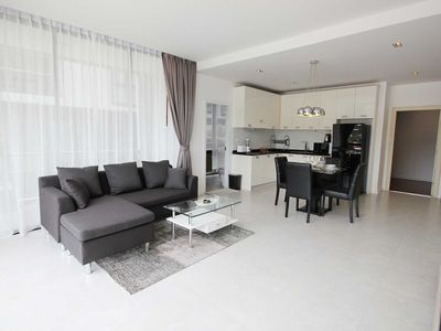 Photo for SPACIOUS 1 BED with Lovely Mountain View