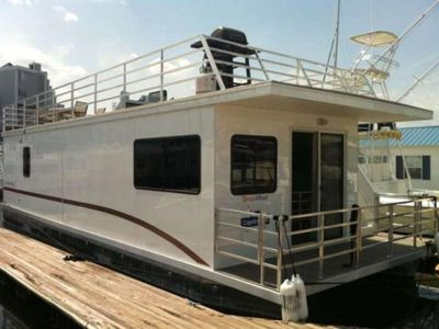 Photo for Houseboat Capricornus: Amazing On Water Experience with HUGE Roofdeck!