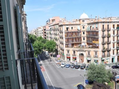 Photo for Apartment in the center of Barcelona with Internet, Air conditioning, Lift, Balcony (316605)