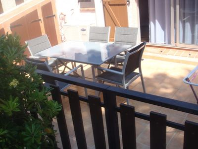 Photo for Semi-detached air-conditioned villa in the pine forest - Cap d'Agde