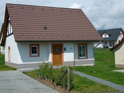 Photo for Bungalow with three bedrooms and two bathrooms