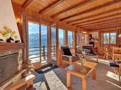 Photo for Independent chalet with a spectacular all round view of the majestic mountains, deep valleys and ope