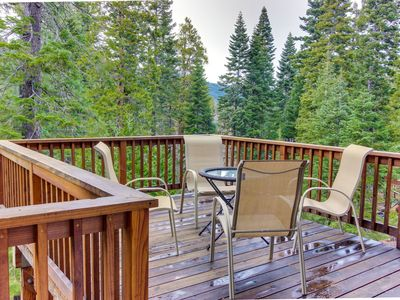Photo for Renovated dog-friendly cabin w/ access to a Tahoe beach, a shared pool & tennis!