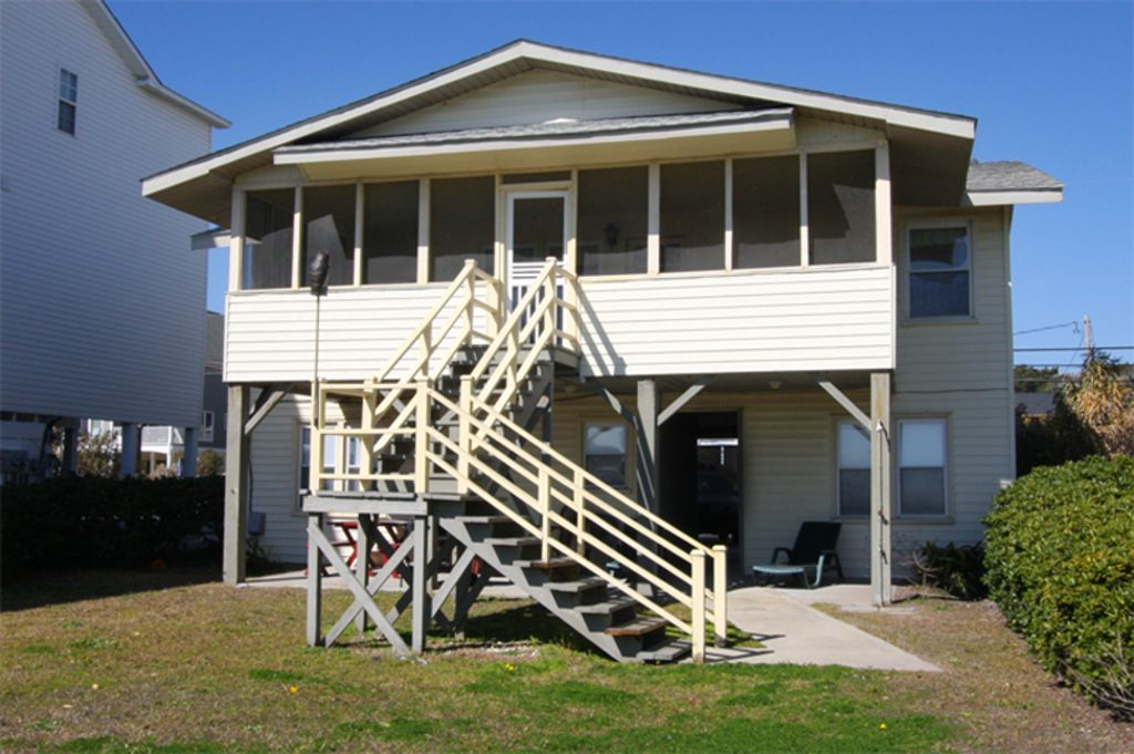 Oceanfront 5 Bedroom 3 5 Bath Beach House With Lots Of Charm North Myrtle Beach Myrtle Beach