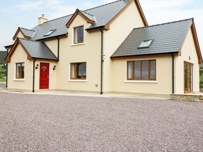 Photo for CAHA COTTAGE, family friendly in Eyeries, County Cork, Ref 990047
