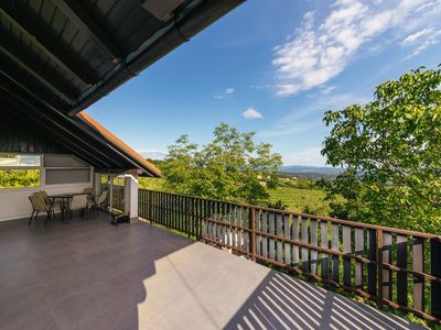 Photo for Cosy Hill Home Rucman With a Breathtaking View