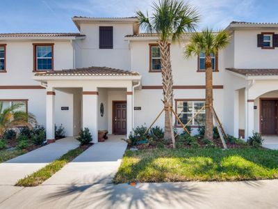 Photo for Luxe 4BED 15 min to Disney at Storey Lake 4812
