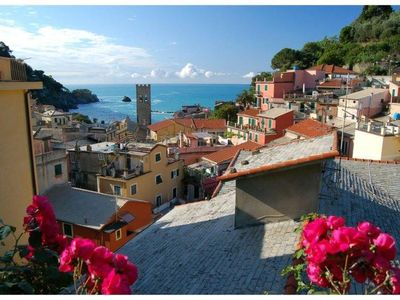Photo for Monterosso Al Mare: apartment in the historic center a stone's throw from the sea