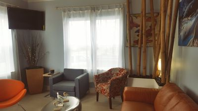 Photo for SELECT DATES FOR ACCURATE PRICING!  Beach House, 4 Minutes WALK to Seawall...