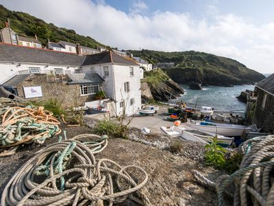 Photo for Cliff Garden Holiday Cottage in Portloe With Stunning Garden And Sea Views