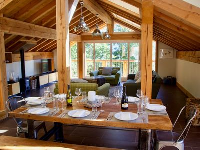 Photo for Beautiful 5 bedroom chalet with amazing views. Walk to restaurant and shops