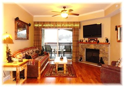 Relaxing living room with private walkout balcony l on the Pigeon forge river