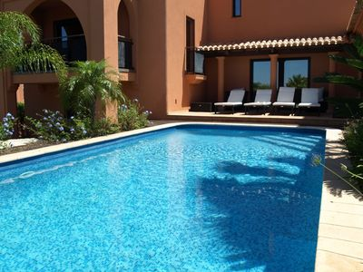 Photo for Spacious Villa in Alcantarilha with Private Swimming Pool