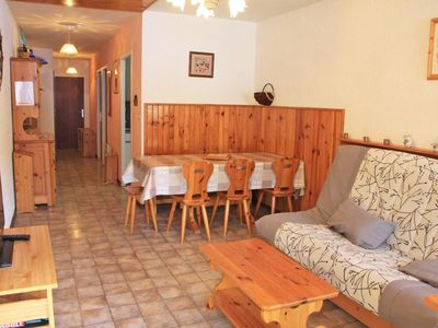 Photo for 3 room apartment / 6 people. Residence L'Orée du Bois located at the entrance to the hamlet of La Turch