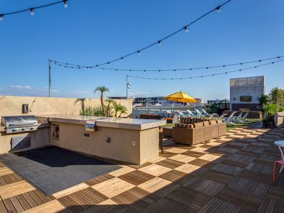 Photo for Scottsdale Quarter rooftop deck boutique property