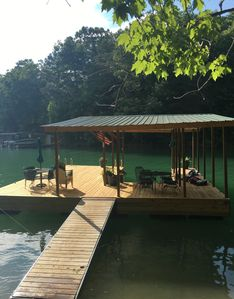 Covered Dock w/slip