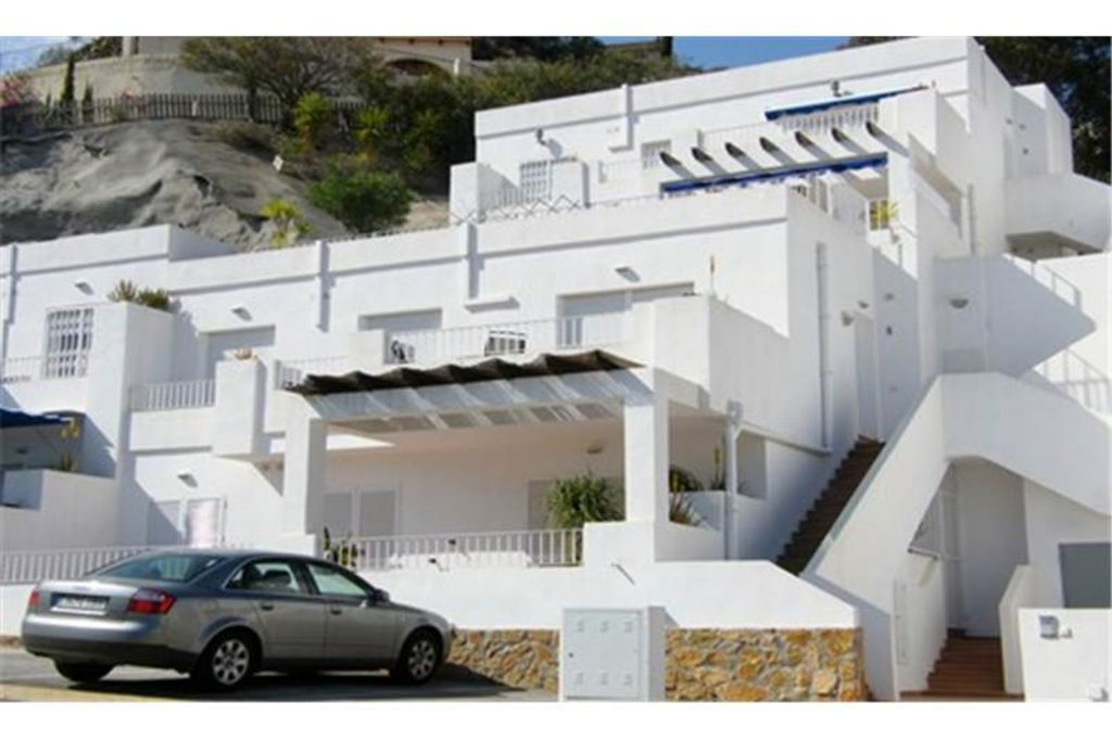 Oasis Apartment   Beautiful Sea Views. 1st Floor Apartment   Nobody  Directly Above, With Allocated Parking.