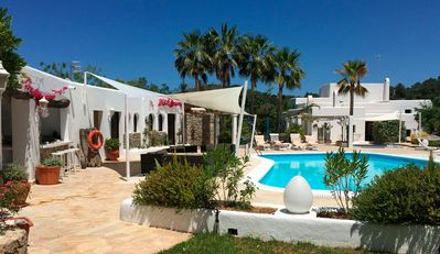 Photo for Fantastic Country Villa with Pool, Balcony, Garden, Wi-Fi and Parking; Pets allowed