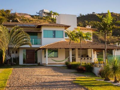 Photo for Luxury house with 5 suites in Escarpas do Lago