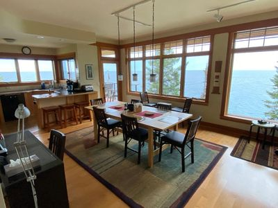 dining room with table that adjusts for number of guests