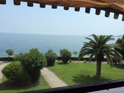 Photo for EXCLUSIVE MINI FOR 2/4 PEOPLE, PARK AND SWIMMING POOL PRIVATE ACCESS TO THE LAKE