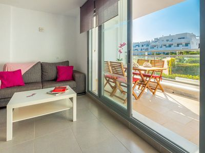 Photo for Modern holiday apartment with pool - Casa Grullo