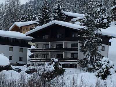 Photo for Beautiful 2 Bedroom Apartment With Stunning Mountain Views Close to Ski Lifts