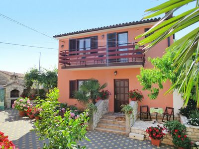 Photo for Vacation home Milka I (ROJ315) in Rovinj - 4 persons, 2 bedrooms