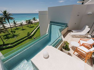 Photo for The Best Oceanfront and Pool Villa In Cancun!!