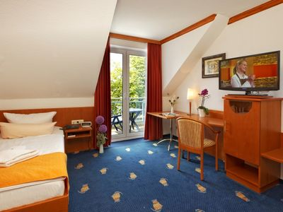 Photo for Single room Comfort (balcony or terrace) - BEST WESTERN Hanse Kogge Hotel & Restaurant