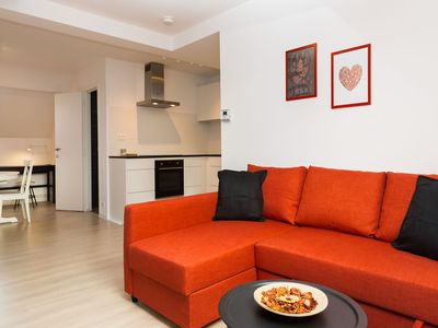 Photo for Lantsheere - modern one bedroom apartment walking distance to EU district