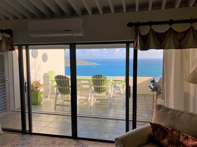 Photo for Comfortable 2 Bedroom Condo with Beautiful Panoramic Down Island Views