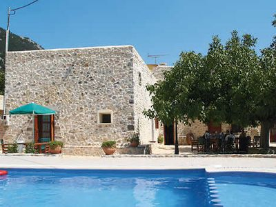 Photo for Large rustic villa w/ pool, outdoor BBQ, bread oven + free Wi-Fi & A/C