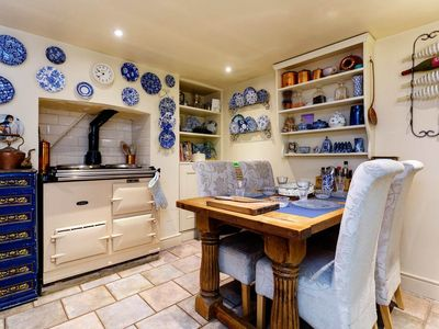 Photo for Colourful, inviting 2BR in chic & friendly Hampstead Village, by tube (Veeve)