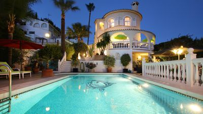 Photo for Greatuful sea view villa,fantastic pool and garden, only 850 meter to sea + city