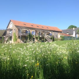 Gite Cerise a spacious gite with pool, overlooking the village of Bournazel
