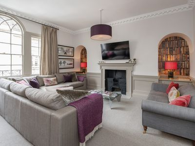 Photo for Spacious Georgian townhouse in the centre of Bath ideal for groups