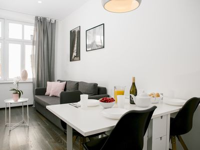 Photo for Bright and Charming Apartment Close to the Center